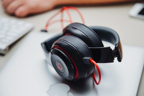 Experience Great Sound With Beats's Headphone