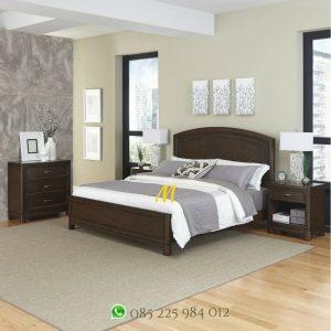 set tempat tidur kayu klasik