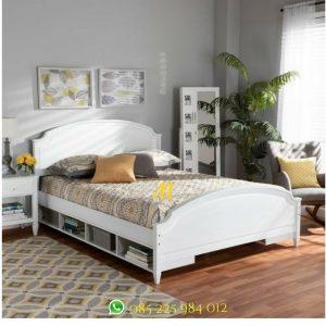 tempat tidur warna putih storage